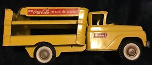 BUDDY-L VINTAGE 1950'S PRESSED STEEL COCA COLA YELLOW & RED TOY DELIVERY TRUCK