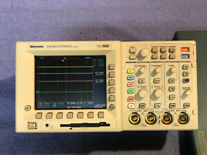 Tektronix Tds3014 Four Channel Color Digital Phosphor Oscilloscope 100 Mhz