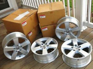 Set Of Four Oem Honda Wheels 2005 Civic Genuine Factory Parts 08w17 sna 100