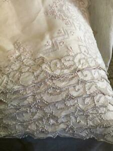 Lot Biege Linen Madeira 2 Table Runners Set W Embroidery Cutwork Lace Placemats