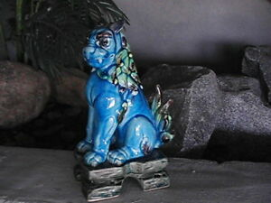 Chinese Vintage Ceramic Lion Dragon Statue 10 X4 Dynasty Hand Painted Limited