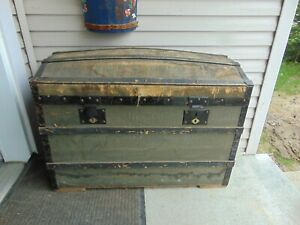 Vintage Antique Dome Trunk Chest 7254