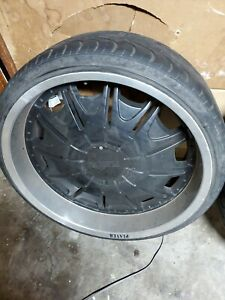 24 Inch Wheel Gloss Black Silver Lip Players