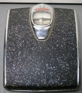 Vintage Art Deco Detecto Floor Scale