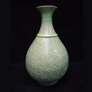 Very Large Old Chinese Longquan Kiln Hand Carving Green Glaze Porcelain Vase