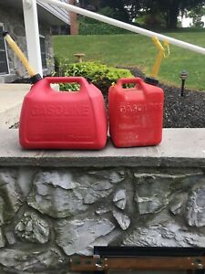 Gas Cans 5 Gallon Gott And Chilton 2 1 2 Gallon Both Have Spouts