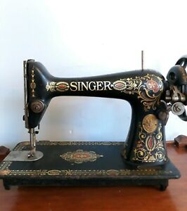 Antique Singer Hand Crank Sewing Machine G1233538
