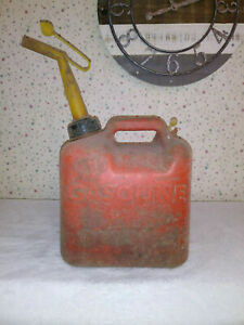 Chilton Gas Can Vented 2 Gallon 12 Oz Model P20 Vintage Old Style Spout