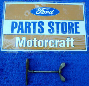1958 1963 T bird 1957 1959 Ford Retractable B7a 1448 a Wing Bolt Spare Tire