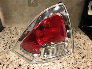2006 2007 2008 2009 Ford Fusion Tail Light Left driver Side