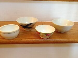 Vintage Japanese Porcelain Rice Soup Bowls Lot Of 4 Hand Painted Nippon