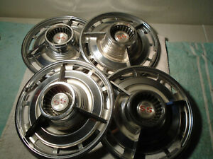 1963 Chevrolet Ss Spinner Hubcaps 1964 14 Inch Chevy Ii Super Sport Wheelcovers