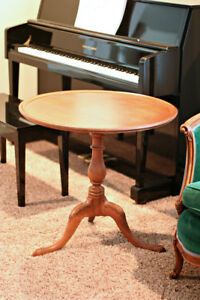 Queen Anne Mahogany Pie Crust Round Side End Table By Brandt Pick Up So Cal