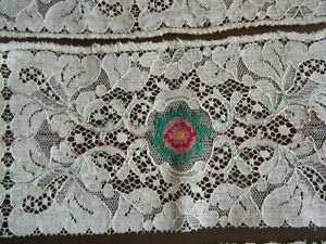 Old Vtg Alencon Lace Trim Petit Point Style Emb Ry On Midlle Of Each Section