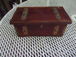 Antique Wooden Hope Chest Candy Box With Advertisement Apex Chocolates