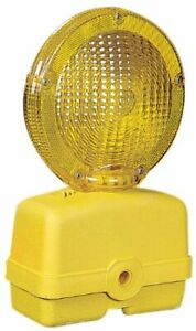 Mutual 17739 Traffic Barricade Flasher With 7 Polycarbonate Fresnel Lens Yello