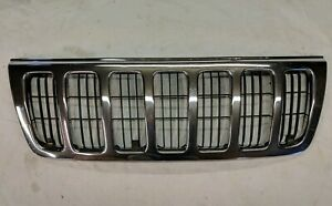 99 03 Jeep Grand Cherokee Laredo Front Grill Chrome With Black Inlay Oem C4c