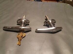 Ford Model A Door Handle With Keys Exterior And Non Locking Handle Vg Preowned