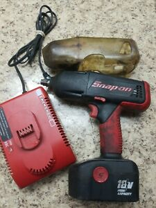 Snap on 18v 1 2 Cordless Impact Wrench Ct4850ho W Battery And Charger Used