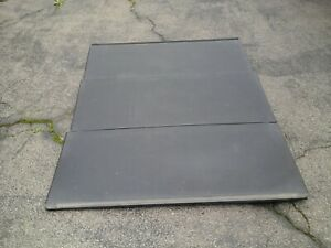 2008 Chevrolet Avalanche 3 Pc Hard Tonneau Cover