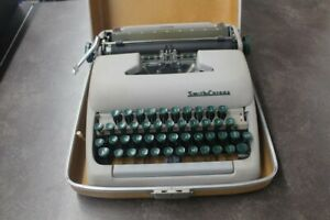Lc Smith Corona Typewriter lin013976