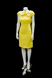 Adult Female Fiberglass Glossy White Headless Full Body Mannequin With Base