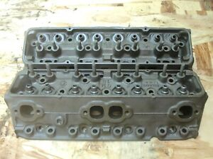 2 Small Block Chevy 350 Cylinder Head 3932441 A 29 0 B 11 0 1 94 1 50