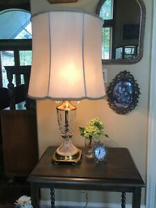 Mid Century Hollywood Regency Cut Crystal Brass Table Lamp Crystal Pulls