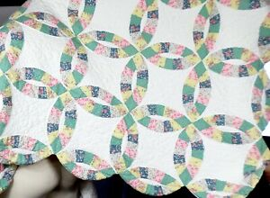 Vintage 1950 S Hand Sewn Stitched Wedding Ring Colorful Quilt 66 X84 Mint