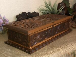 Vintage Hand Carved Crafted Wood Jewelry Box Multi Purpose Folk Tramp Art 15
