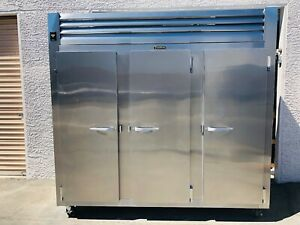 Traulsen Rht332wut fhs Commercial 3 section Door Reach in Refrigerator