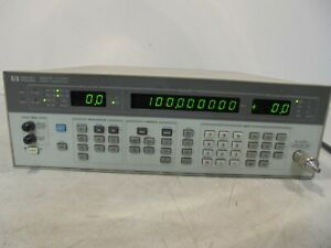 Hp 8657d Signal Generator With Opt 001