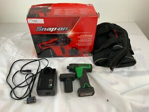 Snap On Green Cts761ag Cordless Screwdriver Drill Set 2 Bats Bag