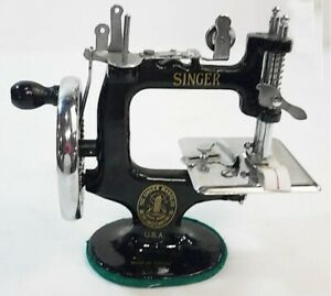 Singer K 20 Child S Sewing Machine Reproduction Mint