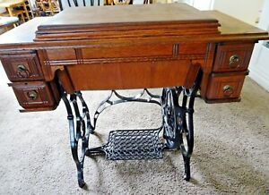 Old Antique Treadle Paragon Standard Sewing Machine Co 1899 1910 Serial 51097