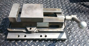 Kurt 5 Cnc Machinist Vise D50 With Handle Milling Machine Vise On Plate
