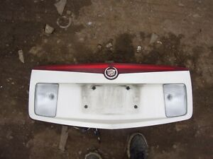2003 2004 2005 2006 Cadillac Cts 3rd White Brake Light Panel Assembly Nice Oem