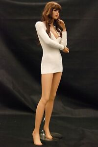 Realistic Face Female Adult Fiberglass Fashion Mannequin With Base And Wig