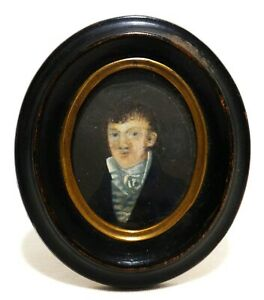 Early Mid 19th C American Antique W C Portrait Of Gentleman In Oval Wood Frame
