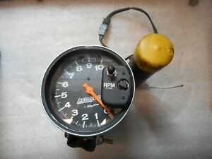 Auto Gage 10 000 Rpm Tachometer With Shift Light