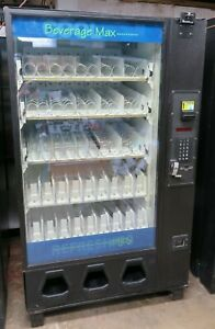 Dixie Narco Entray Combination Snack soda Vending Machine
