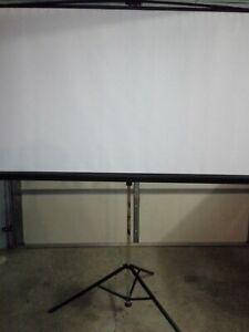 Bretford Series 375 3770mke Projection Screen With Tripod 70