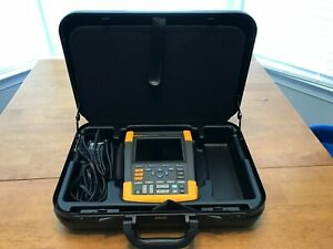 Fluke 190 204 am s Scopemeter 200mhz Color Oscilloscope With Multimeter