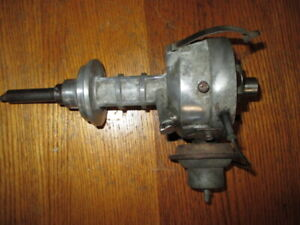 1961 1966 361 363 Chrysler Big Block V8 Breaker Points Distributor 2095836