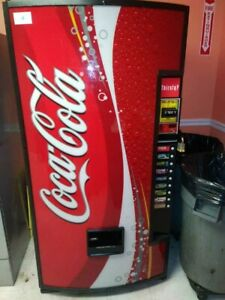Dixie Narco 660 Coke Can Soda With Coin And Dollar Vending Machine