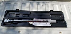 Brand New Snap on 1 2 Dr Torque Wrench 250ft lbs Qd3fr250a