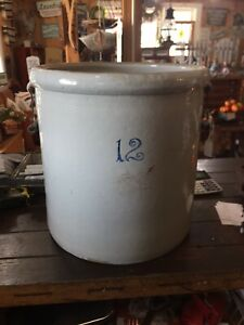 Antique 12 Gallon Redwing Crock With Bale Handles