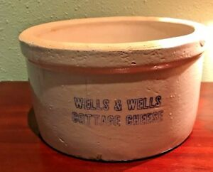 Vintage Wells Wells Large Cottage Cheese Pottery Crock Great Condition
