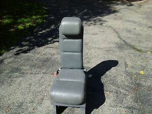 2005 Honda Odyssey 2nd Row Middle Jump Seat Gray