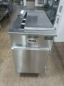 Custom Wasserstrom 21 Refrigerated Commercial Sandwich Prep Table